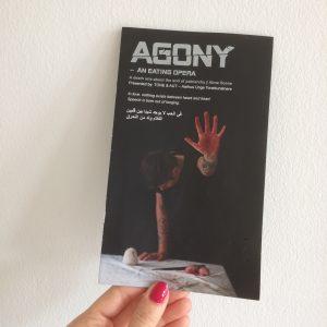 teateranmeldelse opera spiseoperaen Agony