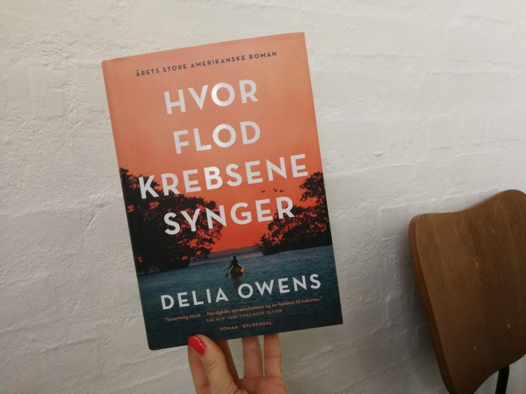 delia owens hvor flodkrebsene synger roman bogsnak gyldendal kulturmor anmeldelse
