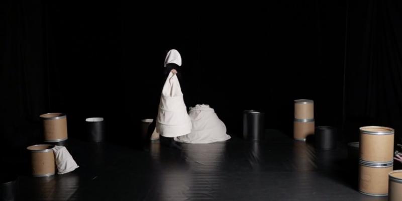 alice i eventyrland asterions hus teater dans børn kulturmor