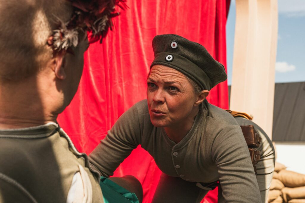 Erna i krig, Kolding Egnsteater. Foto: Asmus Kromann Bork