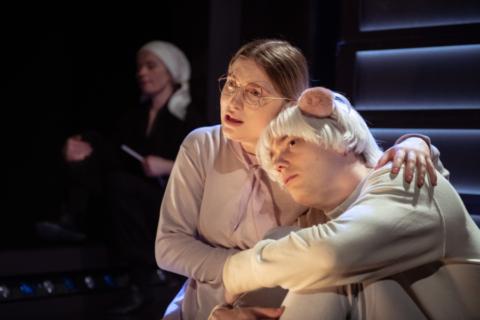 Historien om V, Musikteatret SAUM, ZeBU og Den Ny Opera. Foto: Søren Meisner