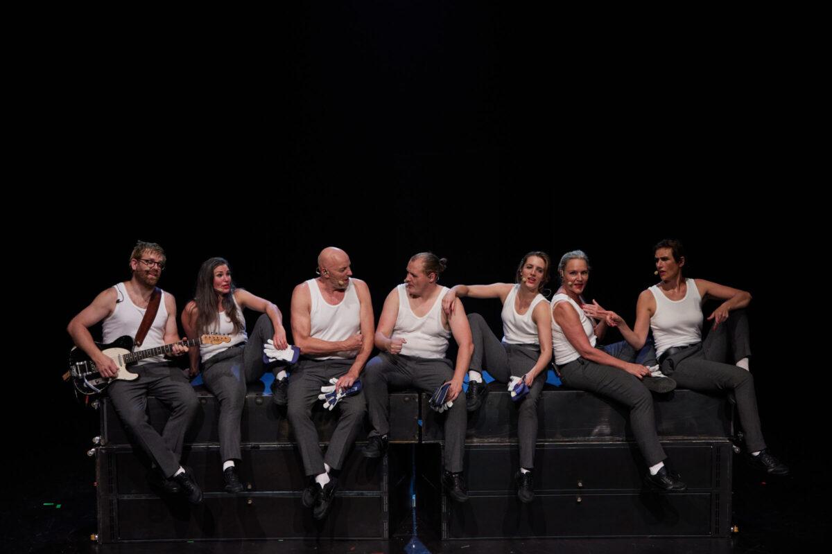 Arbejder, Teatret Møllen og Team Teatret. Foto: Søren Hasselgaard Skaanning