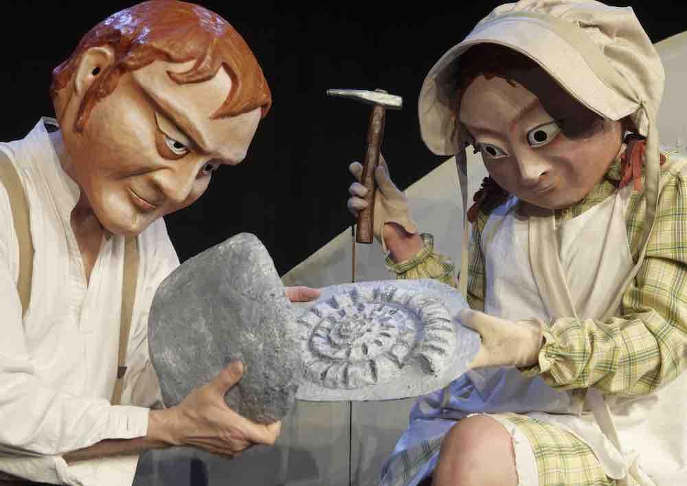 arternes oprindelse thalias tjenere teaterhuset filuren børneteater anmeldelse kulturmor